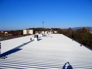 Smaltimento amianto e nuova copertura su condominio