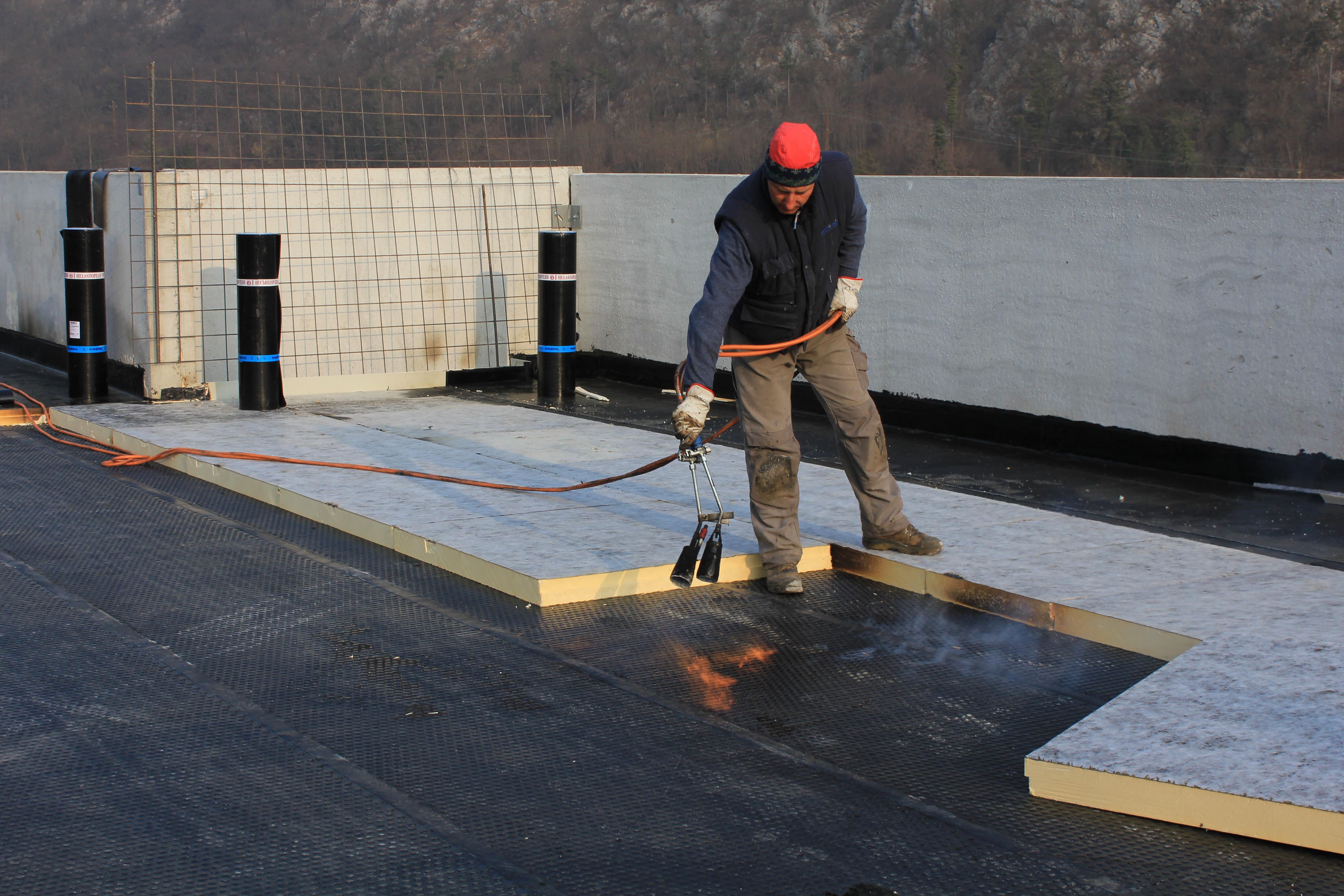 Rimozione amianto tetti coperture Brescia – impermeabilizzare il tetto